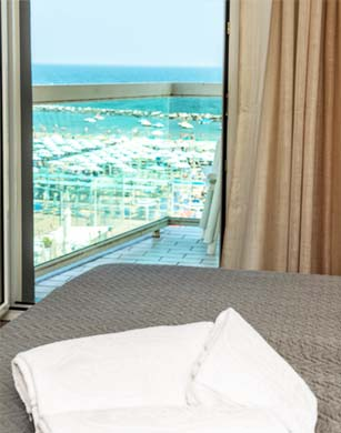 Room overlooking the beach